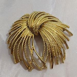 Massive mid century vintage gold tone Monet brooch